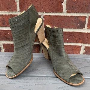 New Paul Green Cayanne Leather Peep Toe Sandal